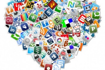 Social Media Heart by By kdonovan_gaddy via Flickr Creative Commons